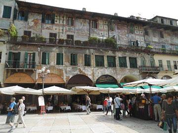 Piazza del Erbe, Verona