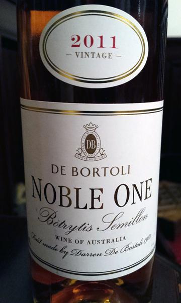 De Bortoli Noble One Botrytis Semillon 2011
