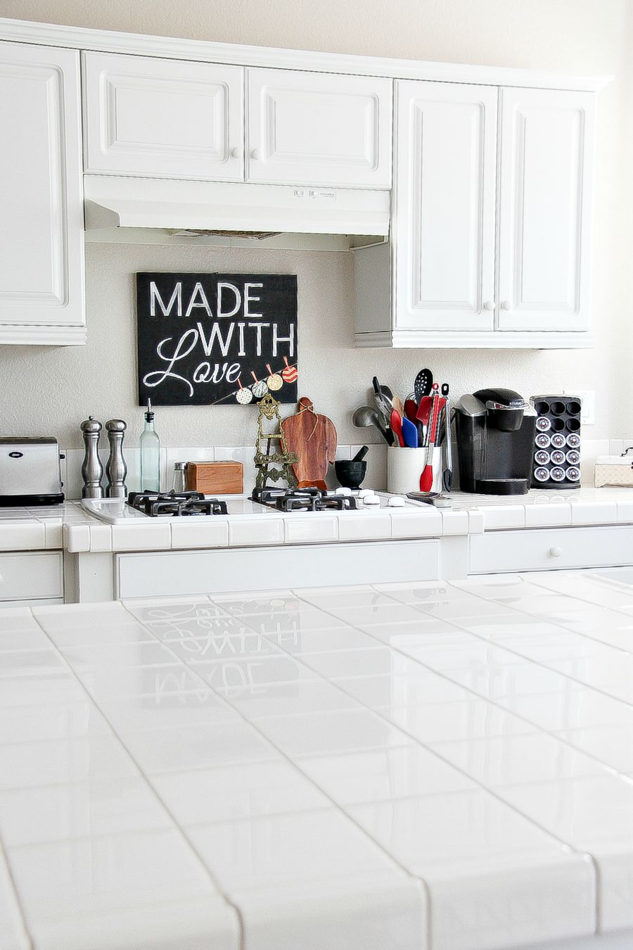 how to clean kitchen counter tile grout