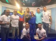"""""""Los Bandidos de un Solo Brazo"""" y Dayana Chirinos"""