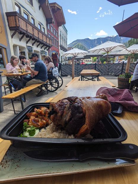Leavenworth Schweinshaxe (pork hock)