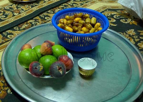 Omani Fruits Date Lime Fig and Coffee