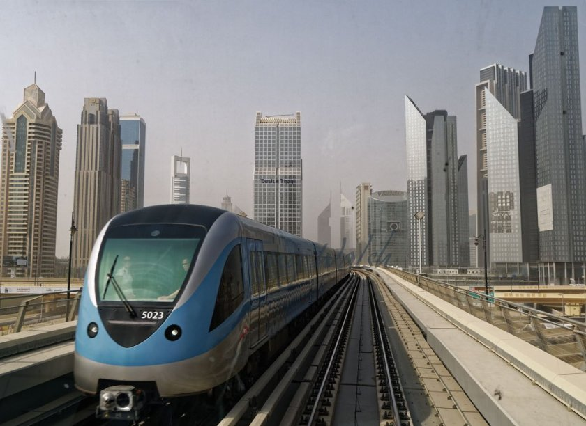 Dubai Metro, the 'drivers' view