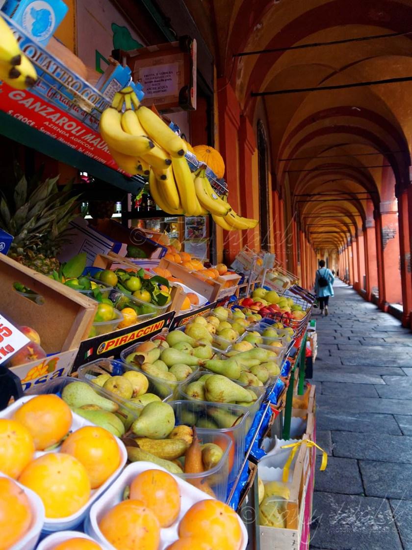 The arcade on Via Saragozza