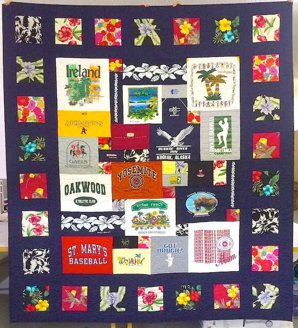 Memorial_quilt_From_moms_clothing-1