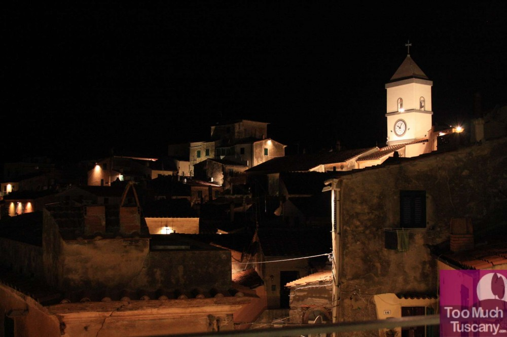 Capoliveri by night