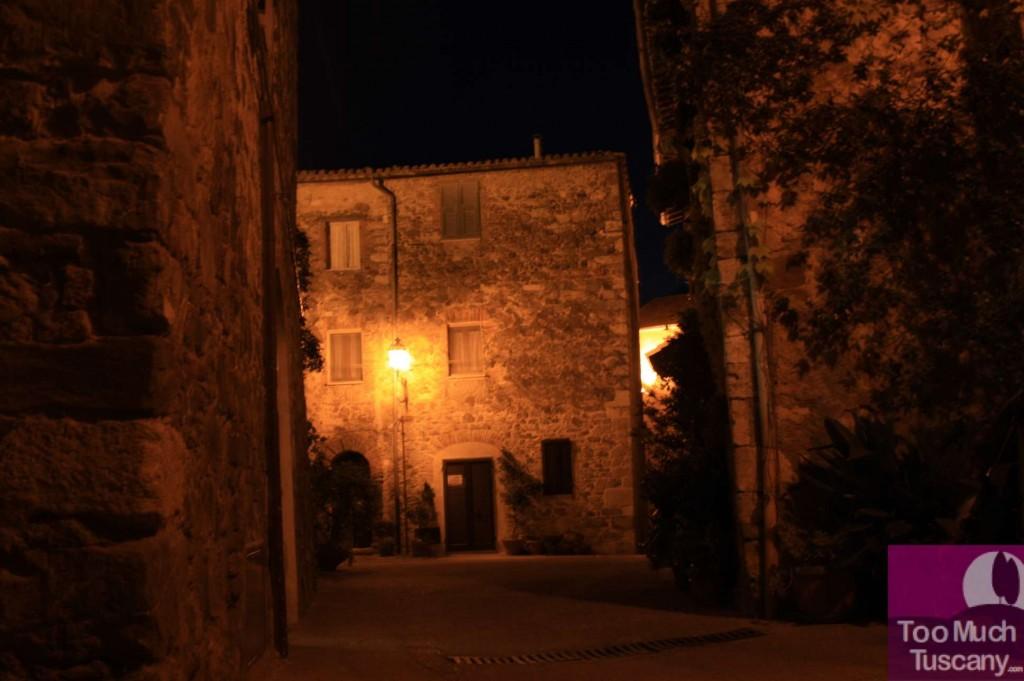 Montemerano by night