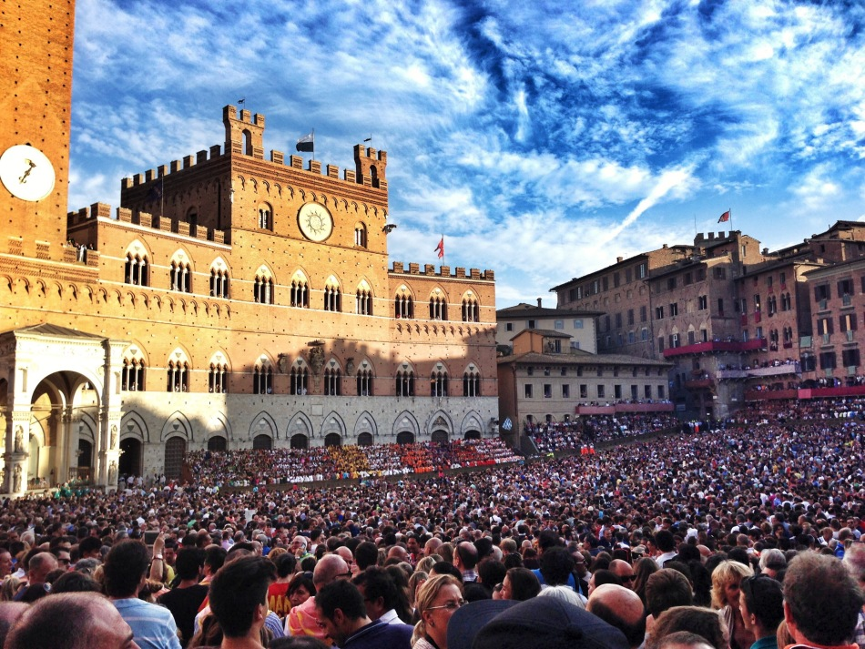 Waiting for Palio trials in Piazza del Campo, Siena