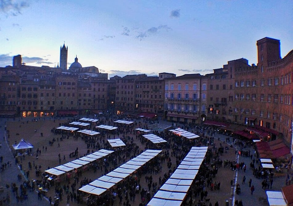 Mercato del Campo at sunset