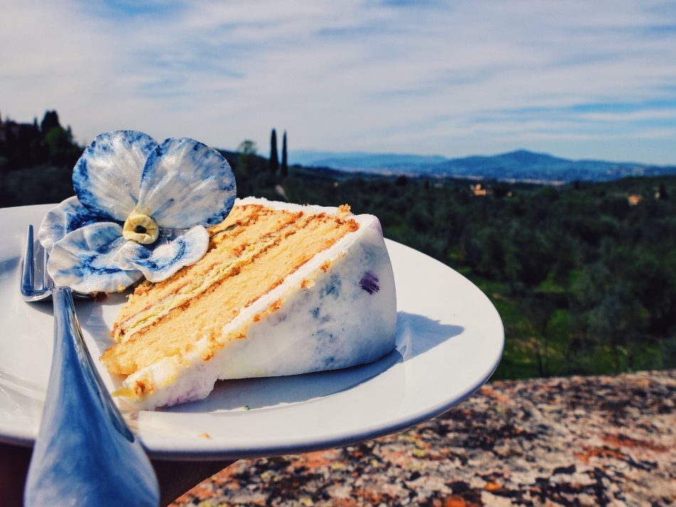 Wedding cake with view