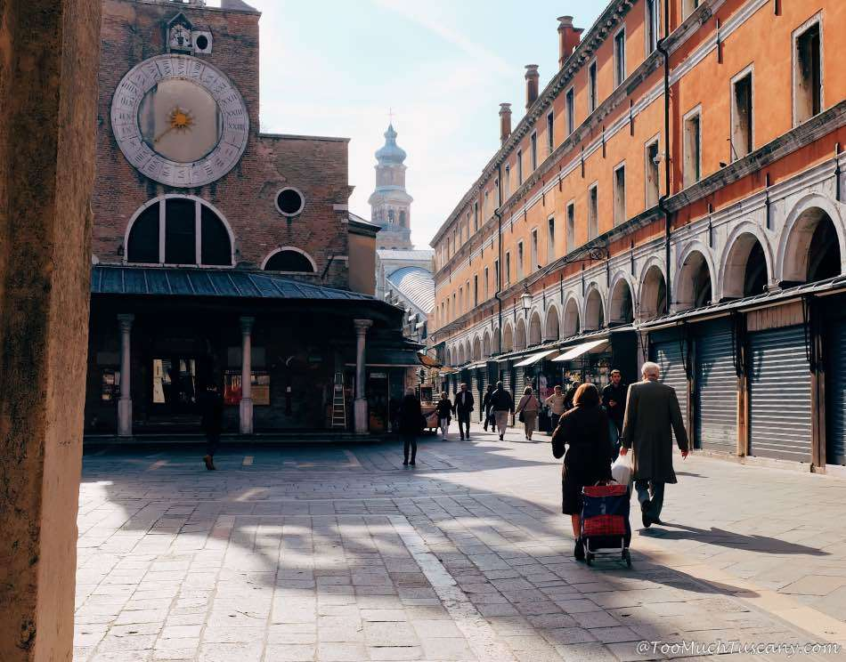 Hurrying to Rialto Market