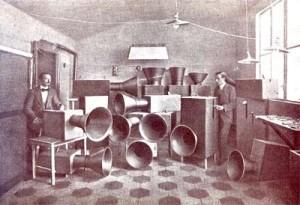 Russolo en zijn lawaaimachines