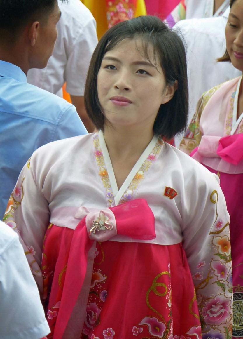 Woman dancing in traditional Korean dress