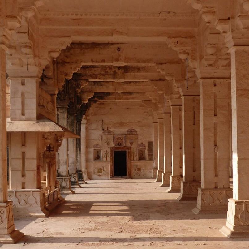 Large hall with stone pillars