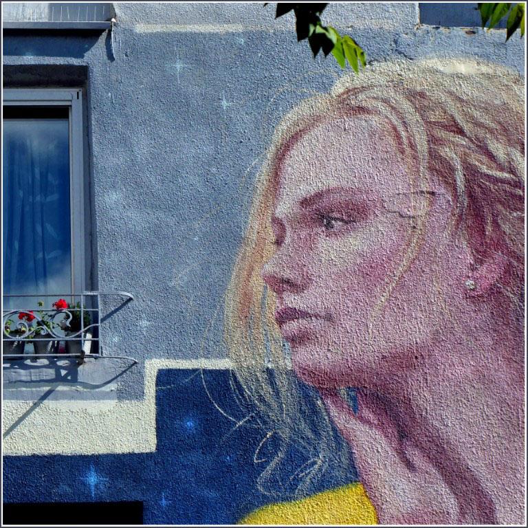 Mural of a girl's face