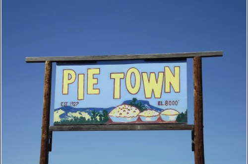 Sign saying Pie Town