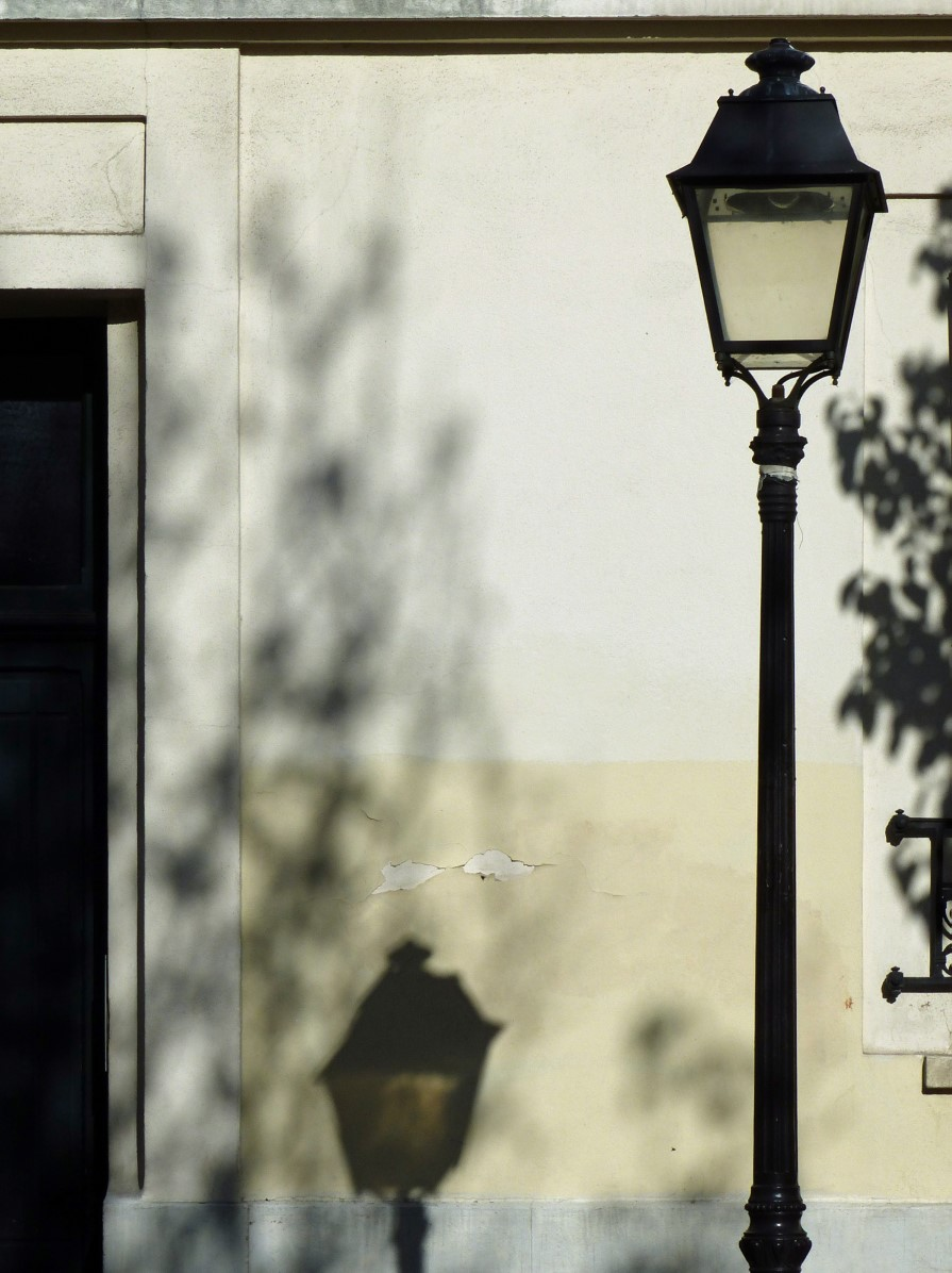 Lamppost with shadow