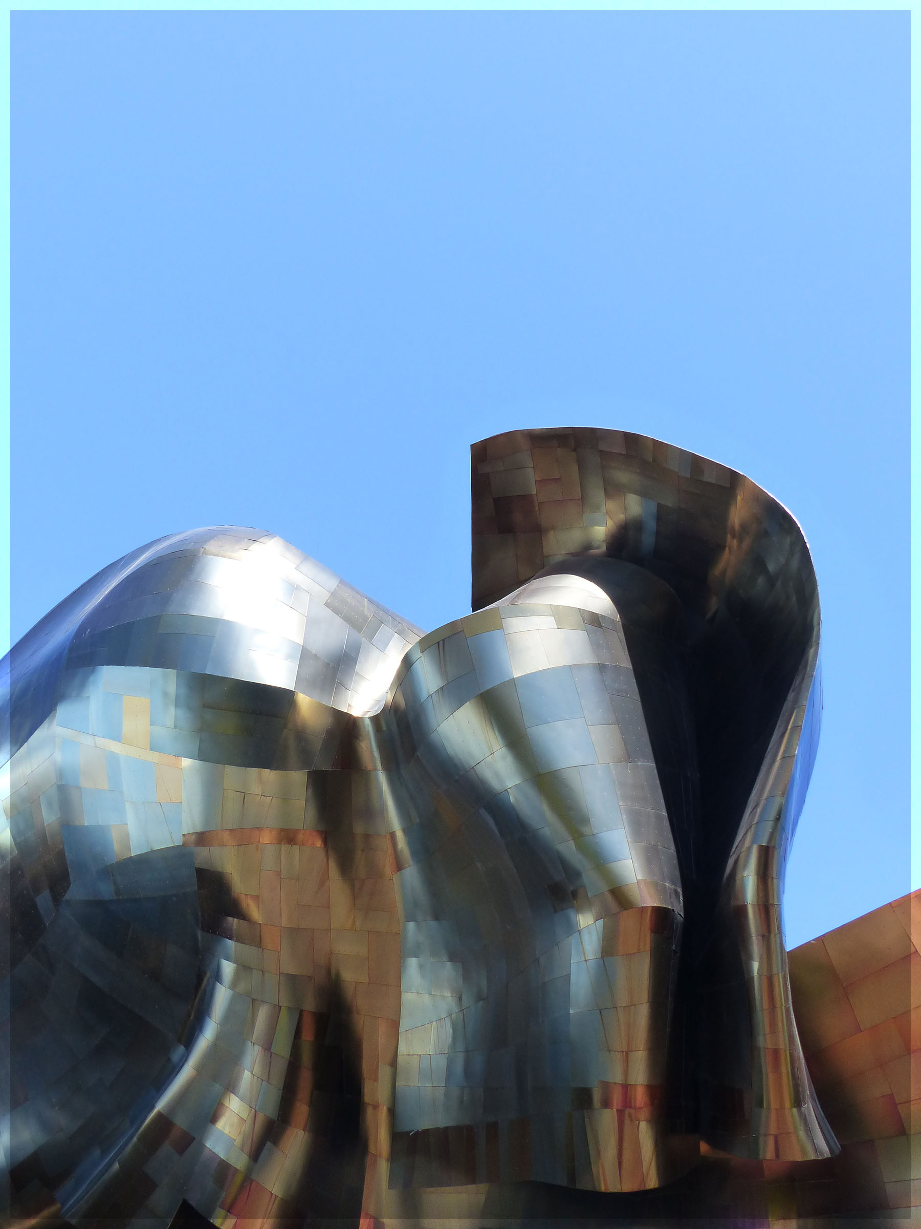 Modern building in curved steel