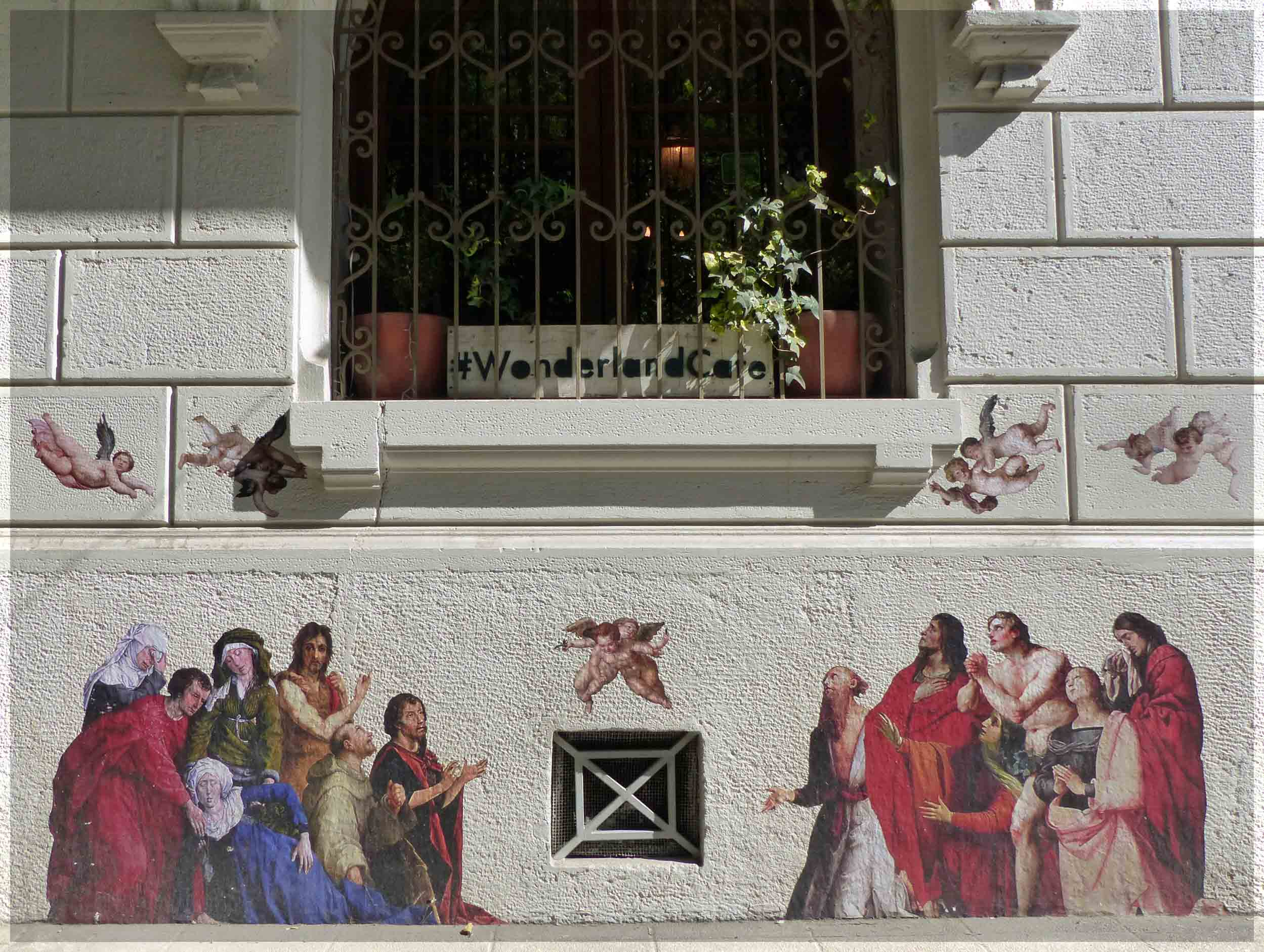 Mural of a Biblical scene with cherubs