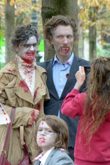 Family in zombie make-up