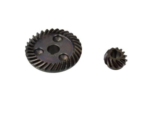 Nurklihvija reduktor. 8 mm, suur 10 / 46.5 mm Z = 12/32