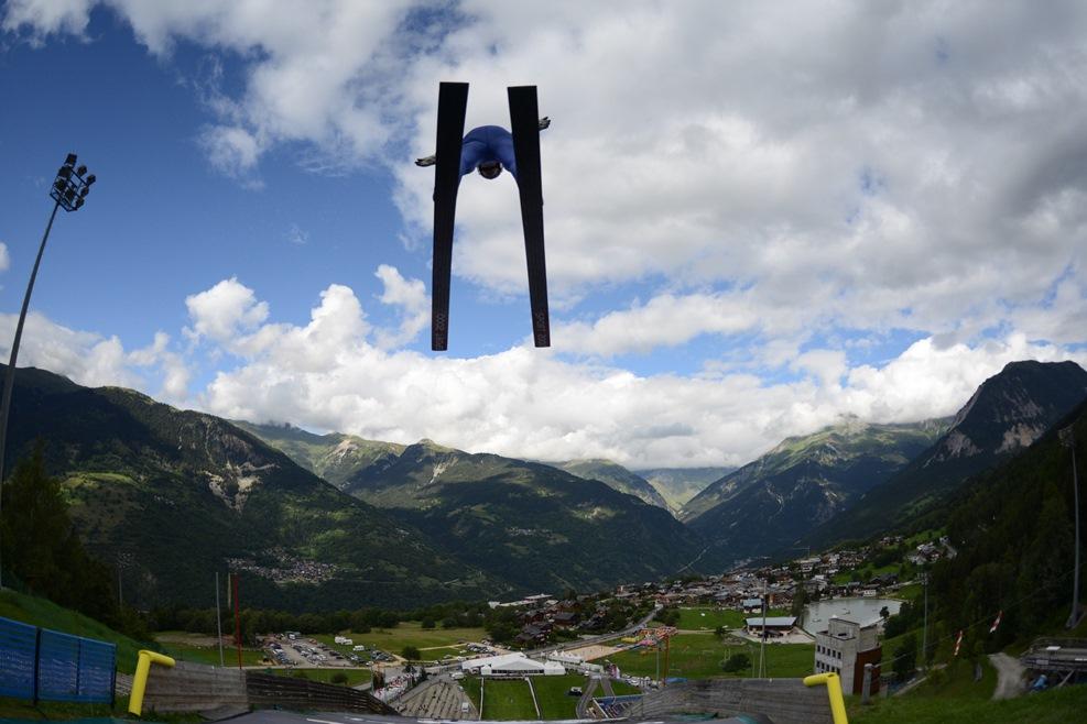 Courchevel-Summer-ski-1.jpg