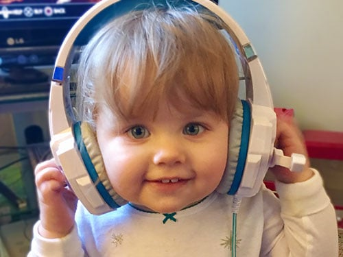 8 Fun and Educational Things for Toddlers to Listen to in the Car