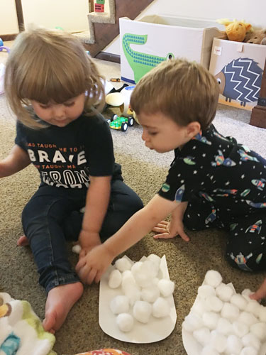 How to have a successful toddler playdate