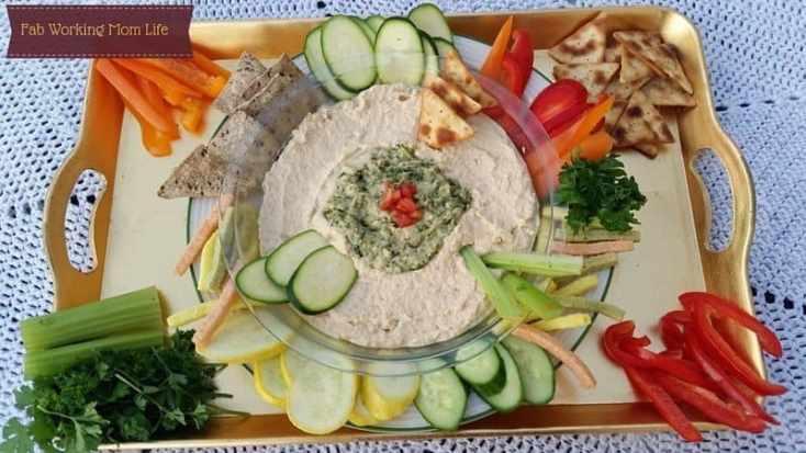 Hummus with Veggies and Pita Chips