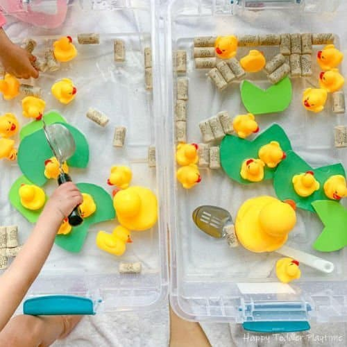 Feed the ducks sensory bin for toddlers and preschoolers