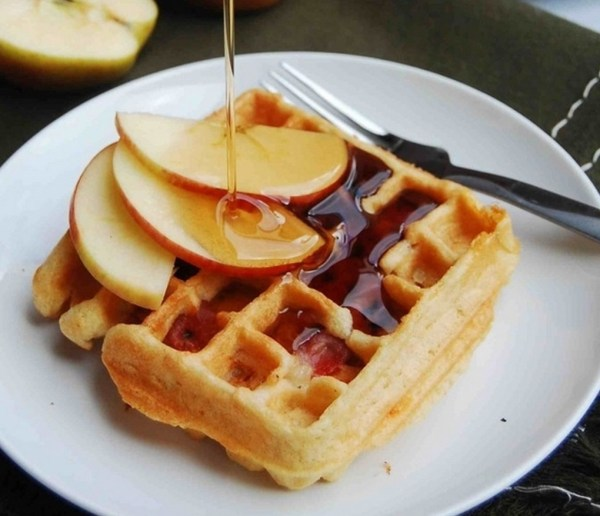 Apple, Cheddar, and Prosciutto Waffles