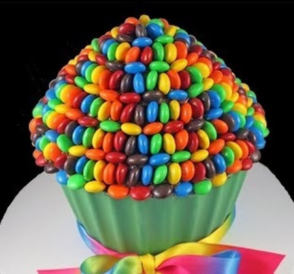 Nutella M&M's Giant Cupcake