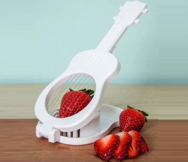 Rock 'N' Slice Guitar Shaped Slicer