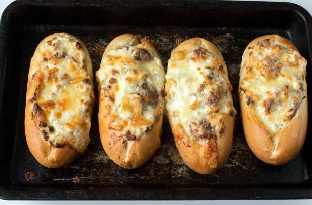 Creamy Garlic & Mushroom Stuffed Bread Boats