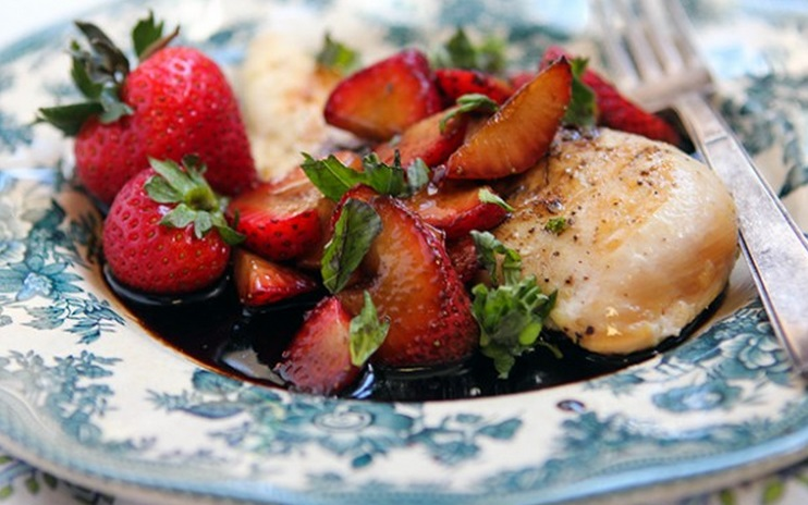 Top 10 Sweet Dinners Made With Strawberries