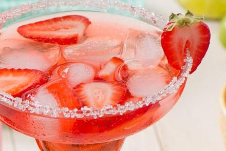 Sparkling Strawberry Daiquiri