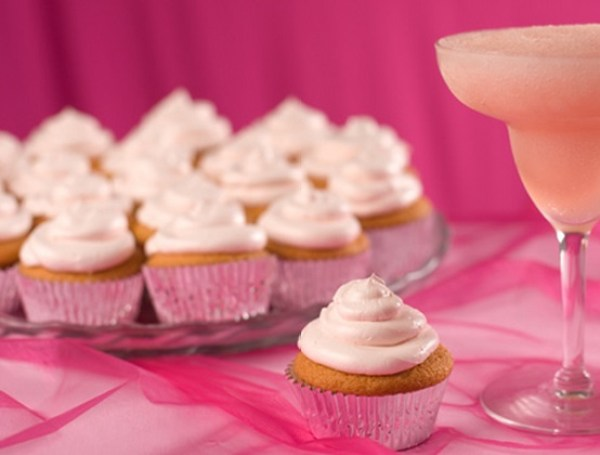 Pink Grapefruit Daiquiri Cupcakes