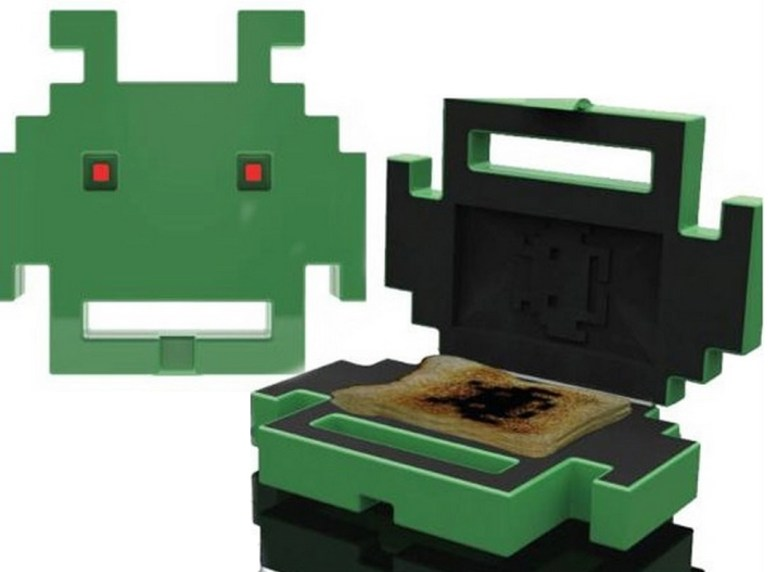Atari Space Invaders Toaster