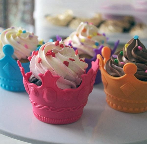 Crown Shaped Silicone Cupcake Molds