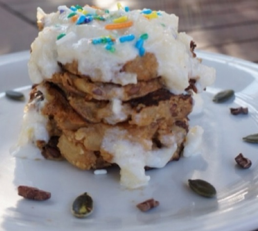 Vegan Apple Pie Oat Pancakes