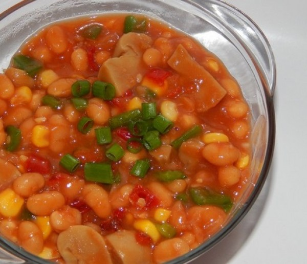 Baked Beans Salad