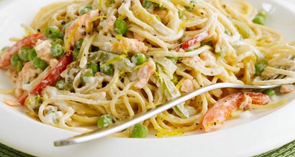 Salmon And Pea Spaghetti