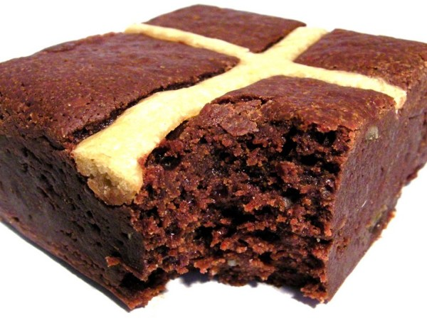 Hot Cross Bun Brownie