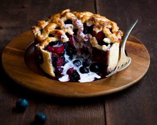 Blueberry & Rhubarb Pie