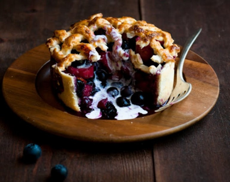 Blueberry & Rhubarb Pie