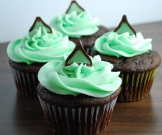 Top 10 Moist & Delicious Chocolate Cupcake Recipes