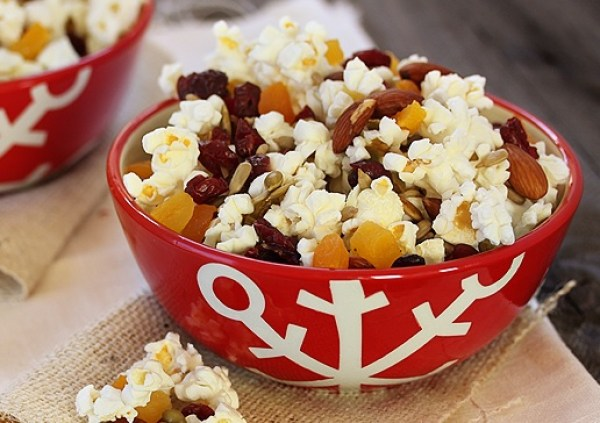 Homemade Trail Mix Popcorn