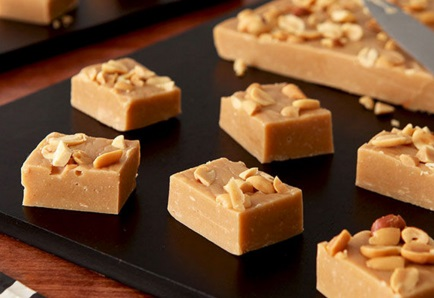 Marshmallow & Peanut Butter Fudge