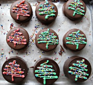 Top 10 Sweet Christmas Chocolate Covered Festive Recipes
