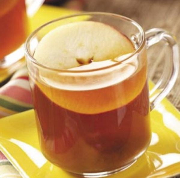 Homemade Hot Apple Tea
